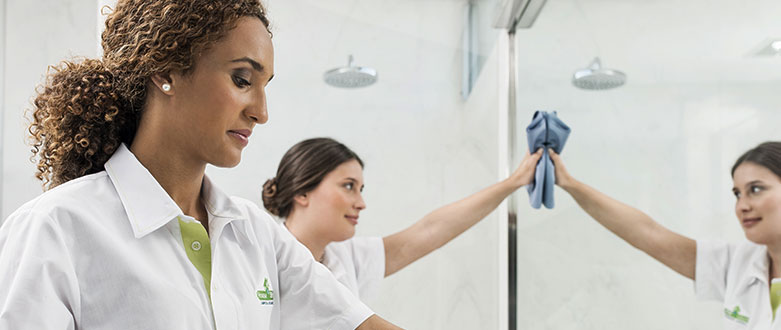 Como limpar corretamente uma casa de banho?